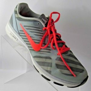 NIKE Size 10 M Gray Red Running Shoes For Women